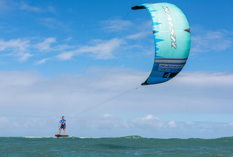 S25KB Action Boxer Hover KiteFoil TimWalsh FishBowlDiaries PAV1677 HiRes RGB 787x530 - Naish introduces the new S25 Kite Line