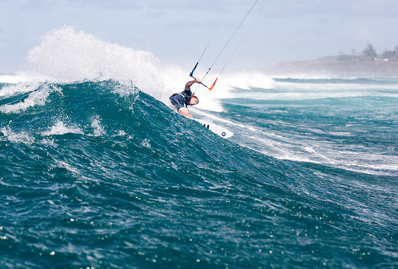 Till Action Maui Toby Bromwich 5523 - THEKITEMAG ISSUE #38