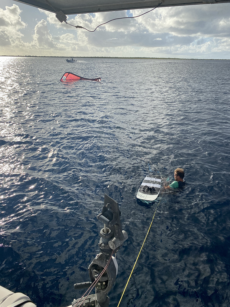 Challenging windstrenght from 16 to 0 in a second copy - Yndeleau EP 06: Bonaire - Foiling for the first time