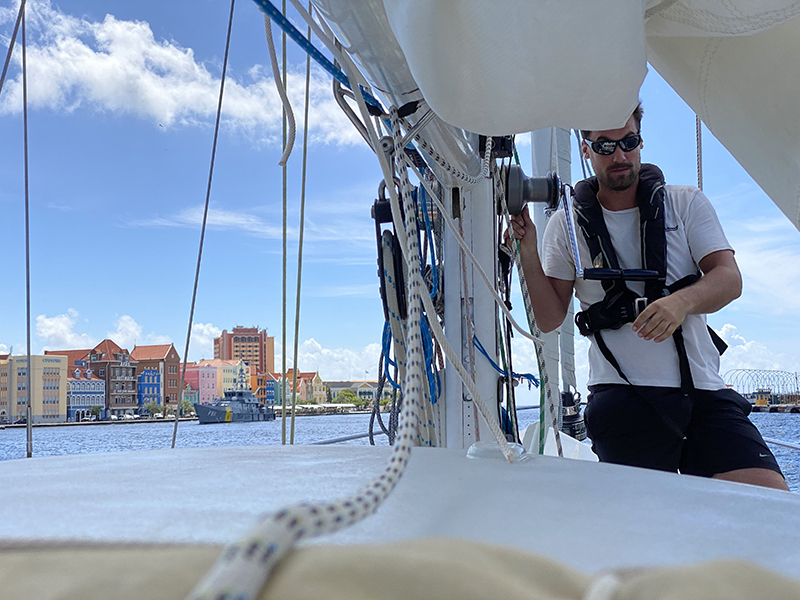 Leaving Curacao and heading for Bonaire 2 - Yndeleau EP 06: Bonaire - Foiling for the first time