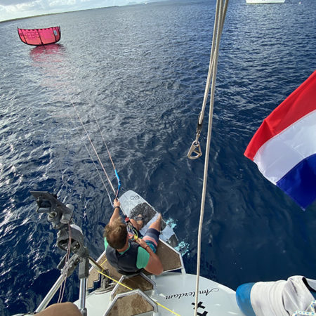 Starting from the boat copy 450x450 - Yndeleau EP 06: Bonaire - Foiling for the first time