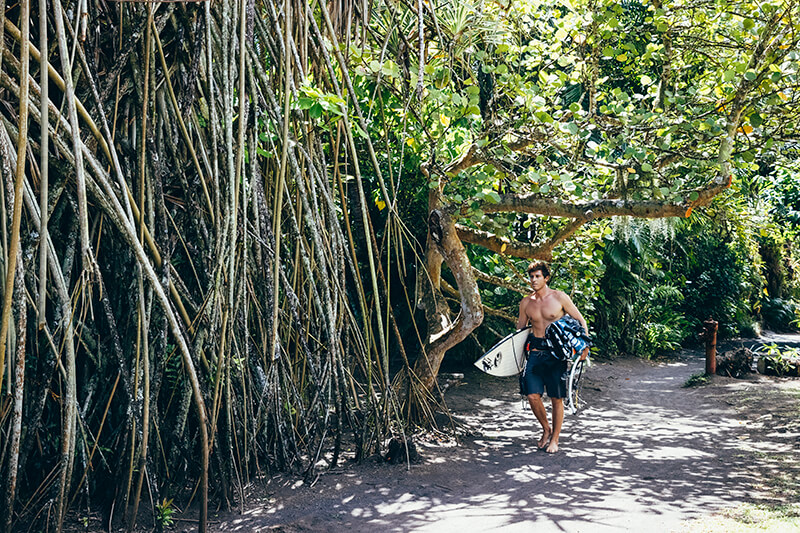 keahi 0469 200917 Ryan Chachi Craig - Tucked Away in Tahiti