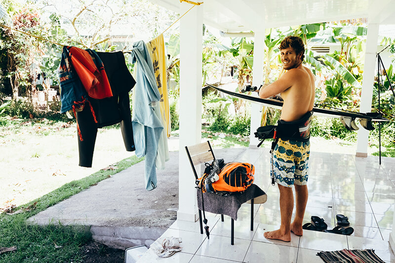 keahi 4542 201003 Ryan Chachi Craig - Tucked Away in Tahiti