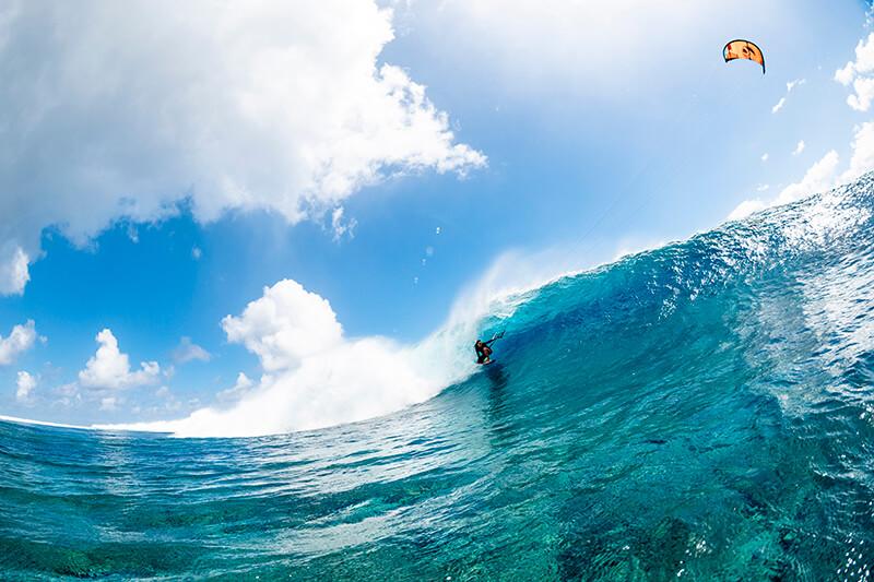 moona 8280 201009 Ryan Chachi Craig - Tucked Away in Tahiti