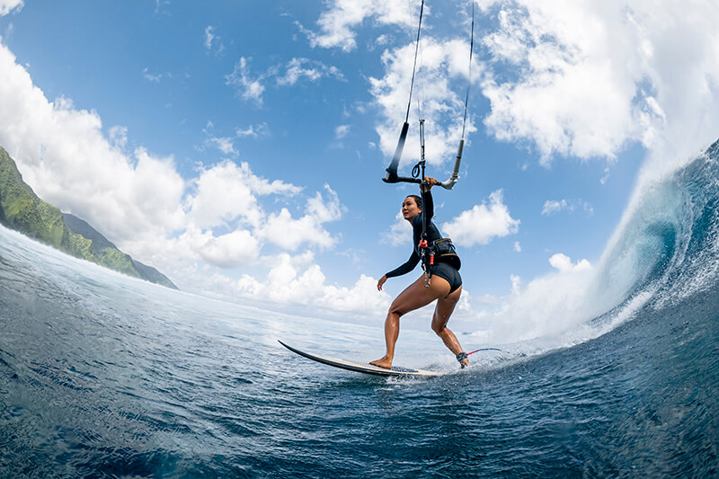 moona 8355 201009 Ryan Chachi Craig - Tucked Away in Tahiti