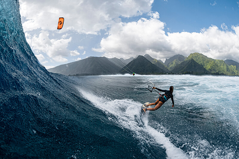 moona 8367 201009 Ryan Chachi Craig - Tucked Away in Tahiti