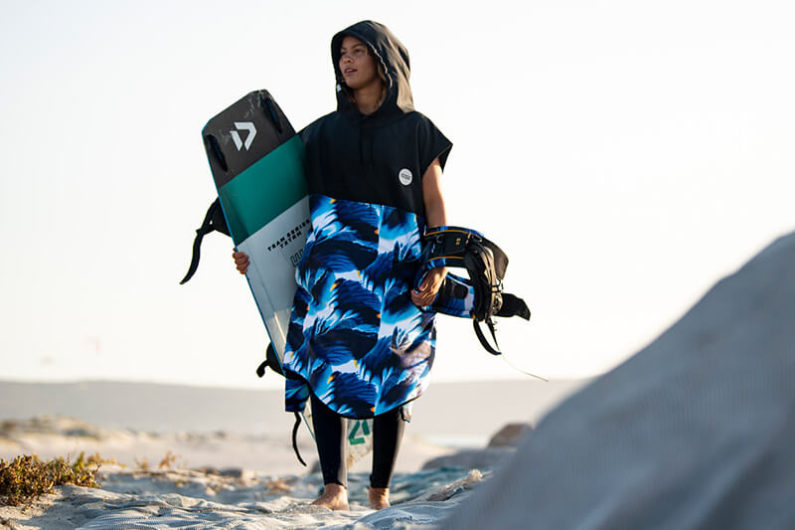 ION poncho 795x530 - ION's Ambient Sea Capsule Collection