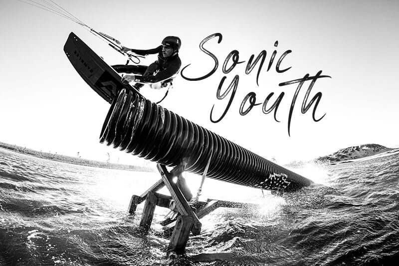 140A4635 2 copy 800x533 - Sonic Youth
