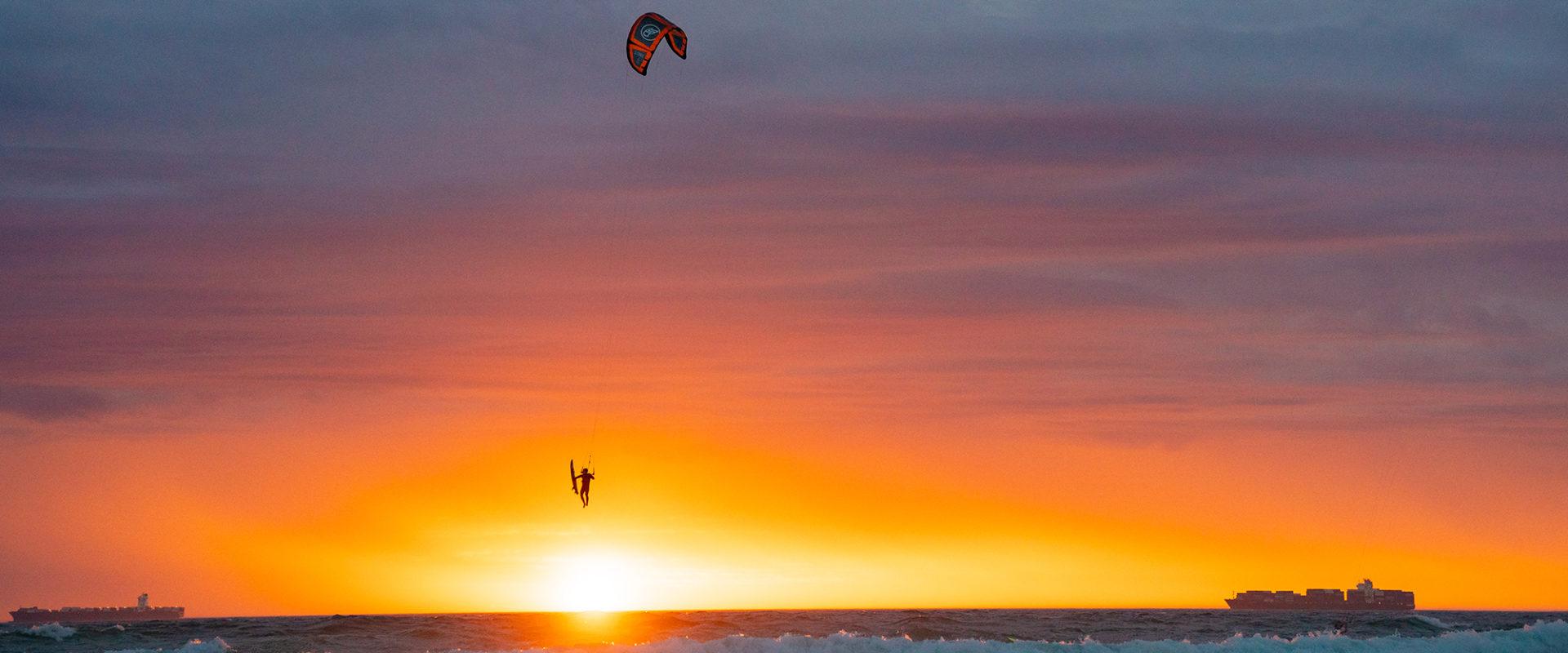 Flysurfer Stoke Sunset 21 01 2021 miriamjoanna selection 03701 copy 1920x800 - Home